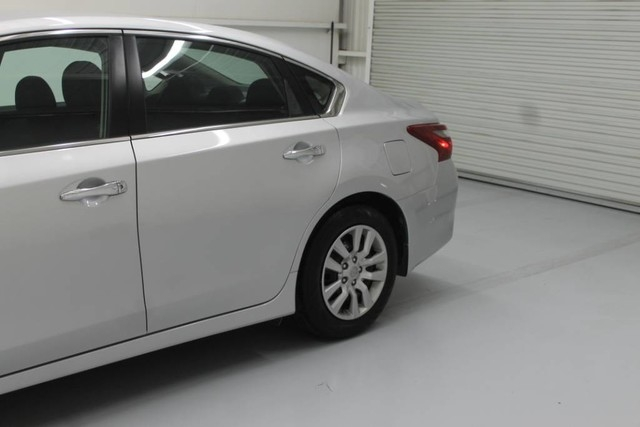 Nissan Altima 2018 price $17,490