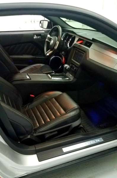 Ford Mustang 2012 price $15,385