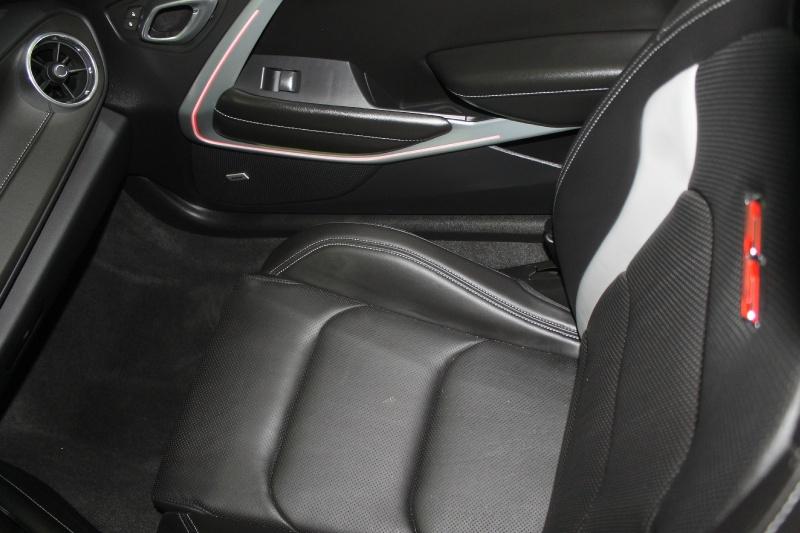 Chevrolet Camaro 2016 price $38,070