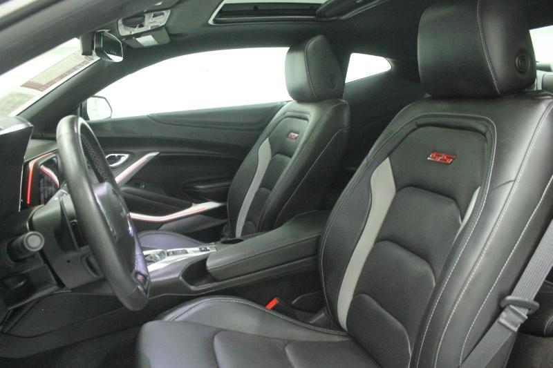 Chevrolet Camaro 2018 price $41,505