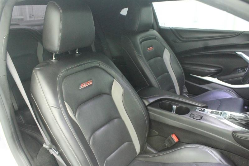 Chevrolet Camaro 2018 price $39,525