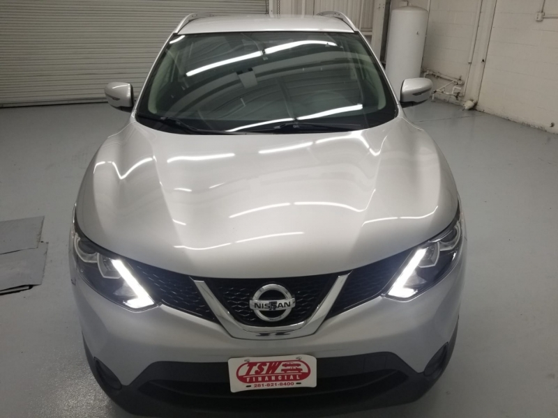 Nissan Rogue Sport 2017 price $19,290