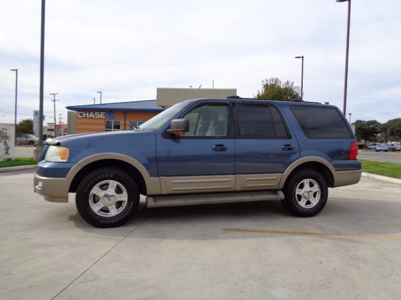 2004 ford expedition 5 4l eddie bauer inventory for Showcase motors san antonio