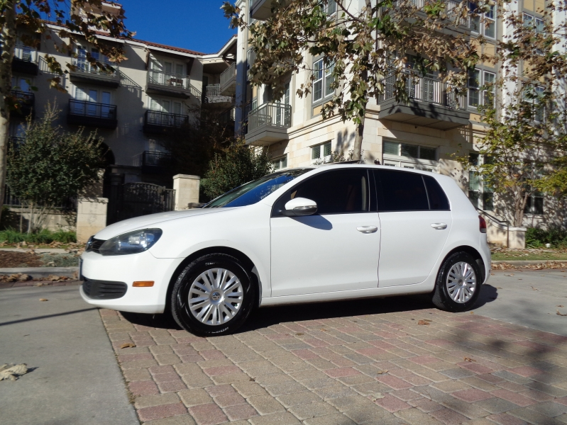 Volkswagen Golf 2012 price $7,990