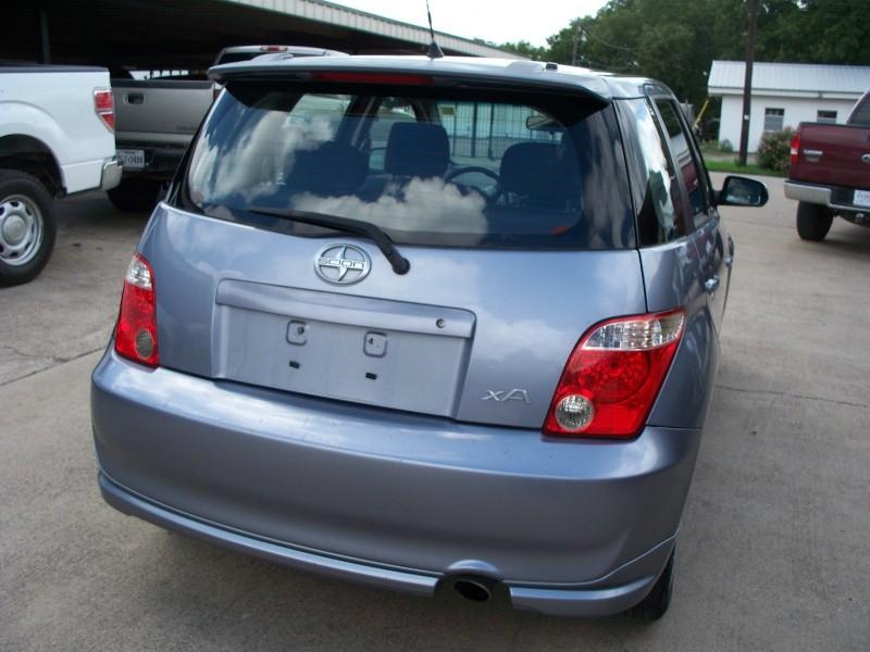 Scion xA 2006 price $0