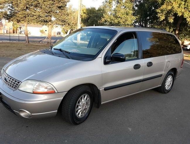 Ford Windstar 2002 for Sale in Modesto, CA