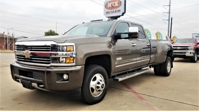 Chevrolet Silverado 3500HD 4X4 High Country 6.6LTurbo Diesel 2015