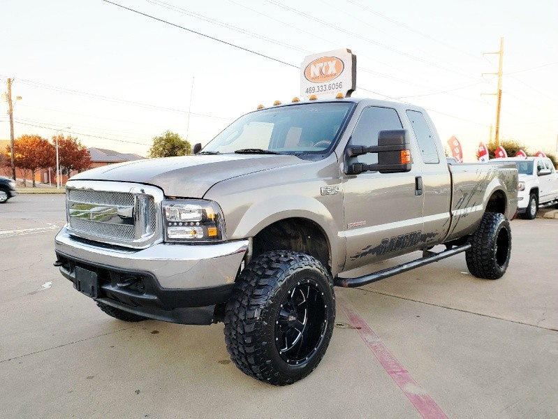 2004 Ford SUPER DUTY F-250 4X4 LIFTED