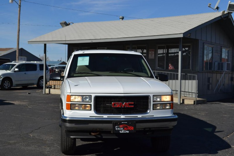 GMC Suburban 1999 price $4,995
