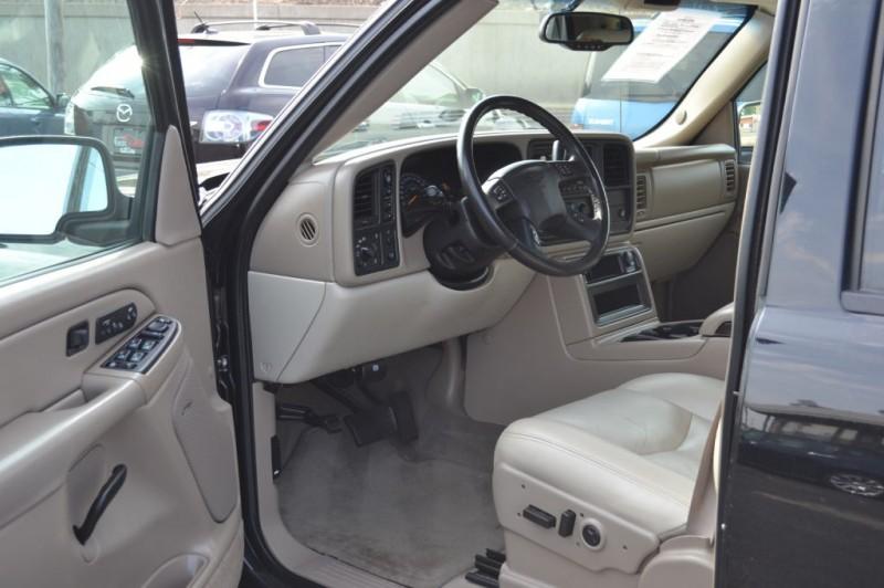 Chevrolet Avalanche 2005 price $9,995
