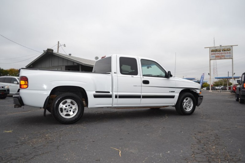 Chevrolet Silverado 1500 2000 price $4,995