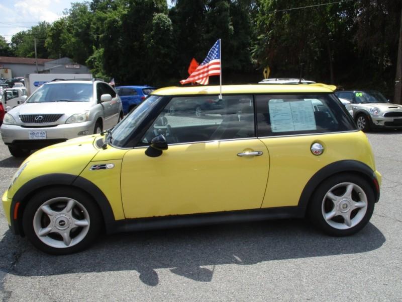 Mini Cooper Hardtop 2003 price $4,995