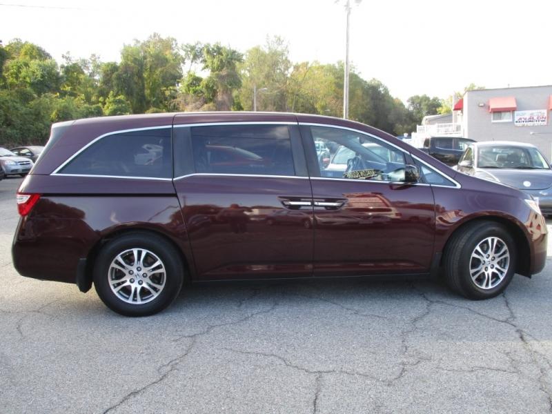 Honda Odyssey 2011 price $12,200