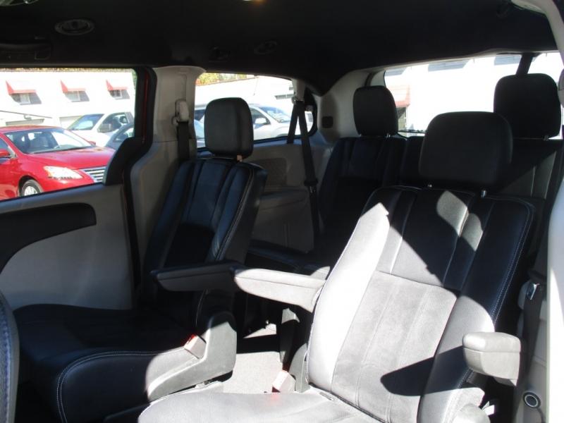 Dodge Grand Caravan 2018 price $18,900