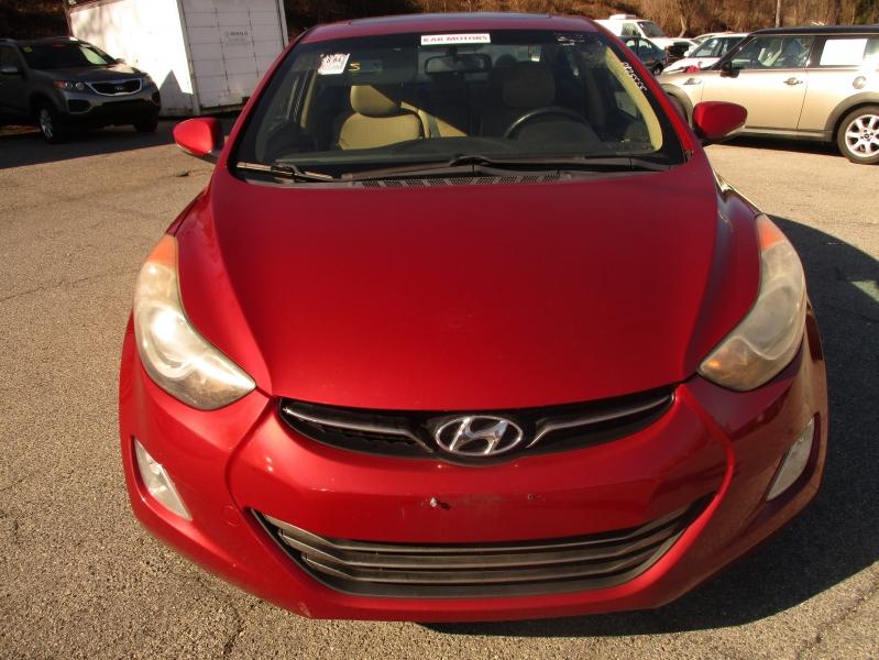 Hyundai Elantra 2011 price $7,695