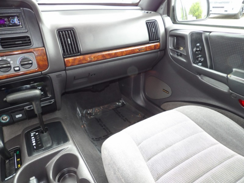 Jeep Grand Cherokee 1997 price $3,977