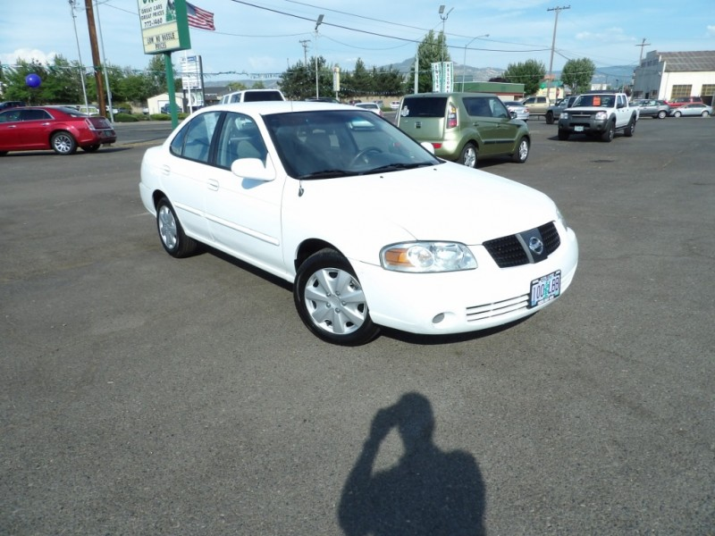 Nissan Sentra 2004 price $4,377