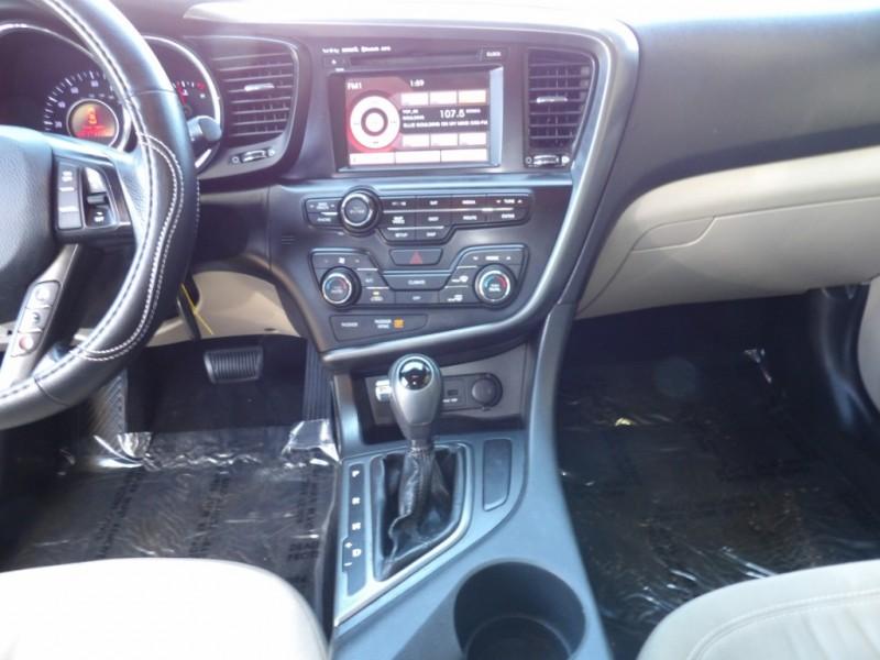 Kia Optima 2011 price $5,975