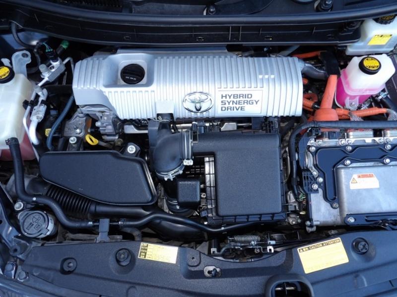 Toyota Prius 2010 price $7,373