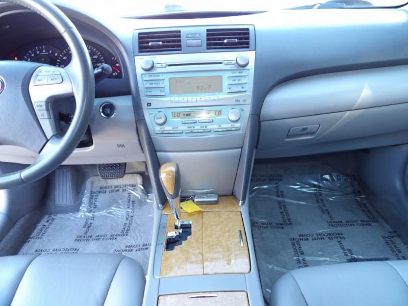 Toyota Camry 2007 price $6,377