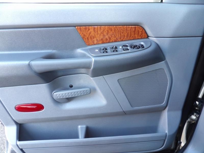 Dodge Ram 2500 2007 price $25,975