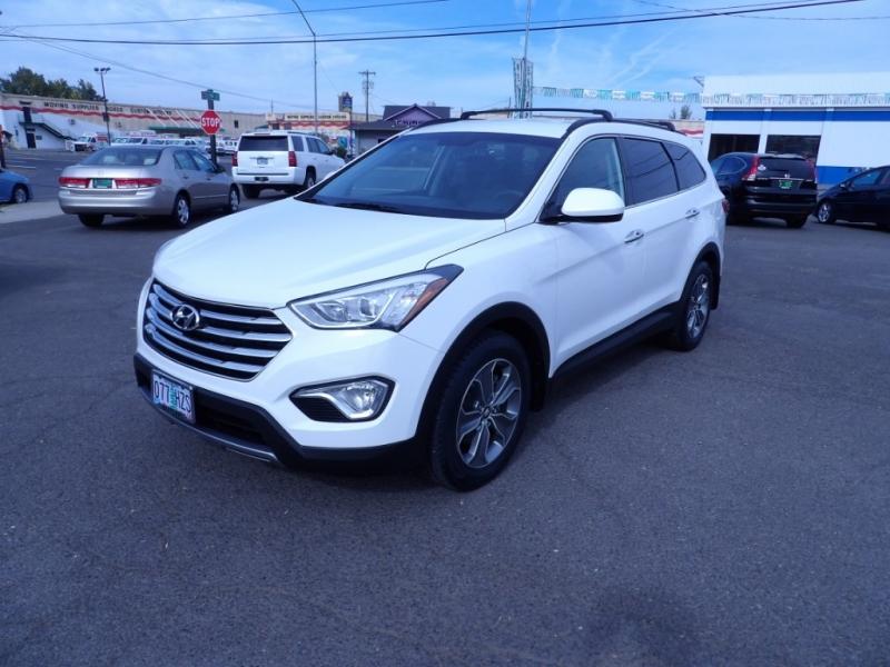 Hyundai Santa Fe 2016 price $19,888