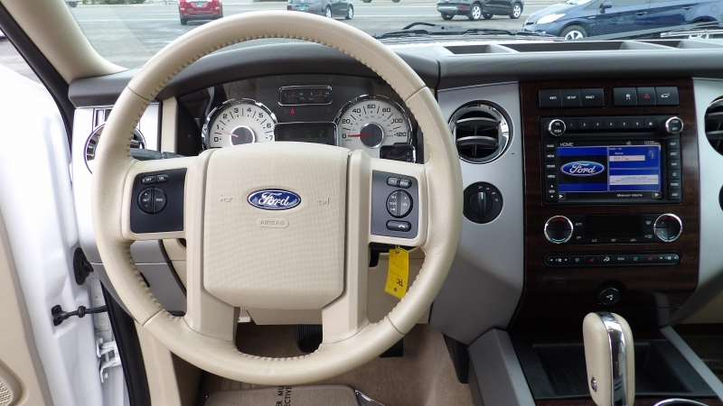 Ford Expedition 2011 price $10,875