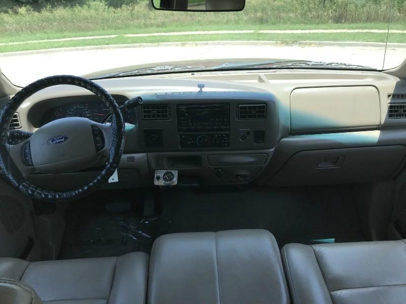 Ford Super Duty F-250 2004 price $10,995