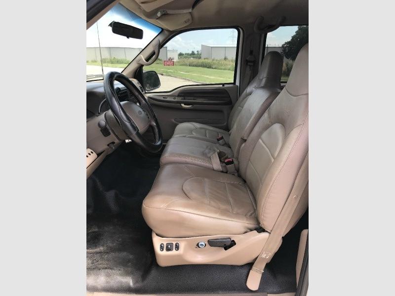 Ford Super Duty F-250 1999 price $8,995