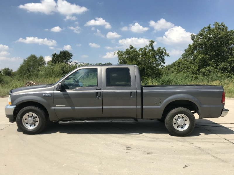 Ford Super Duty F-250 2004 price $10,995