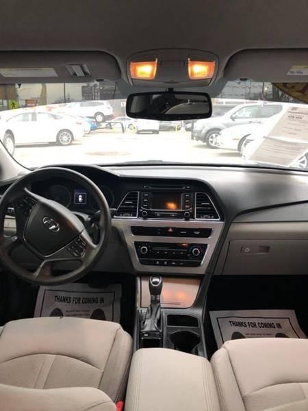 Hyundai Sonata 2015 price $1,500