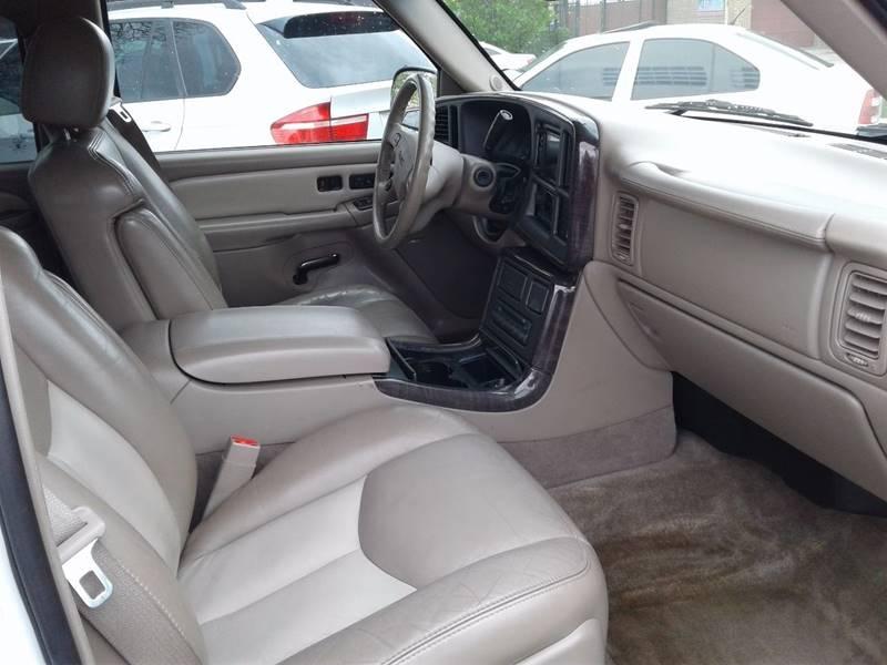 GMC Yukon XL 2005 price Call for Pricing.