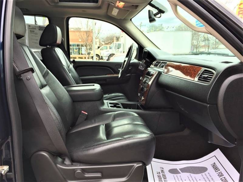 Chevrolet Tahoe 2007 price $2,000