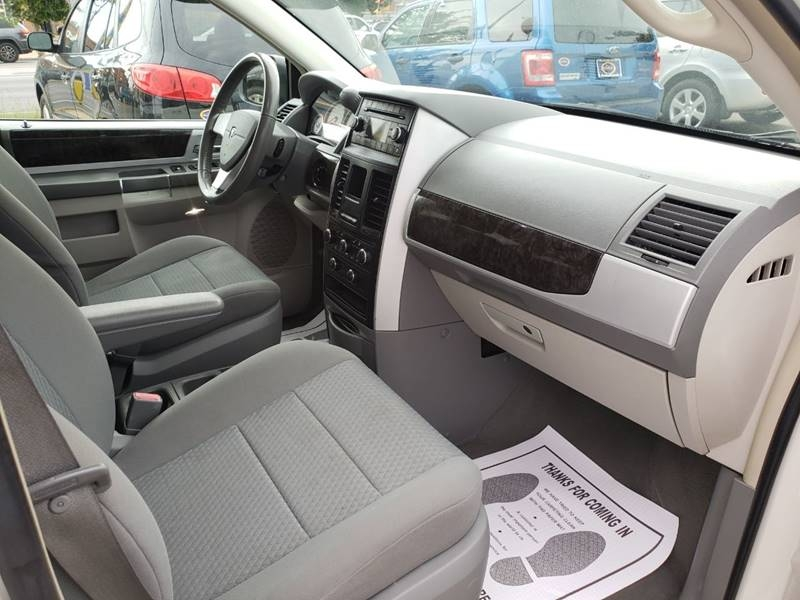 Dodge Grand Caravan 2010 price $1,000
