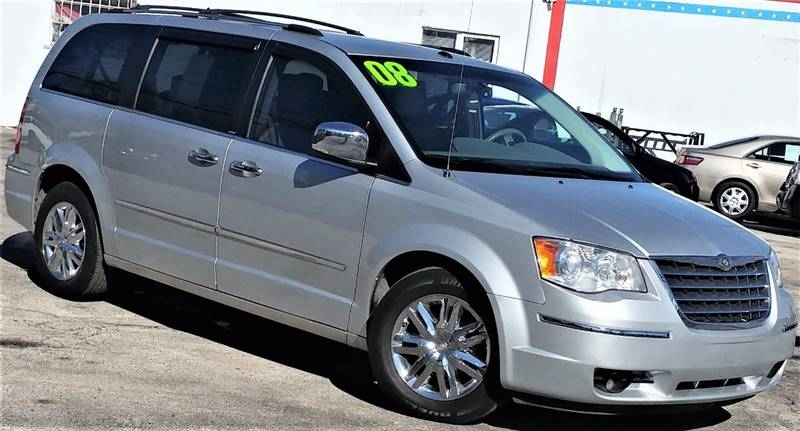 Chrysler Town and Country 2008 price $1,000 Down
