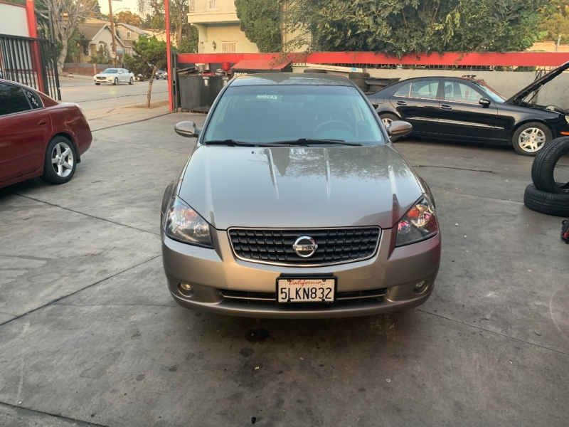 Nissan Altima 2005 price $3,950