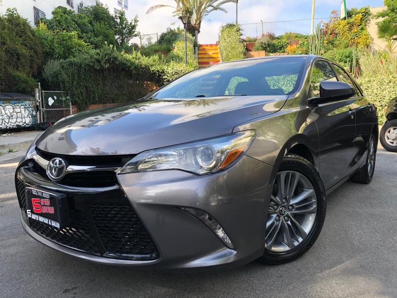 Toyota Camry 2017 price $10,580