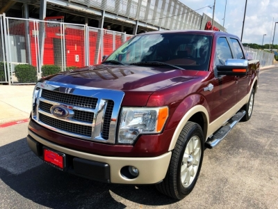 "2009 Ford F-150 2WD Kingranch SuperCrew 145"" XL"