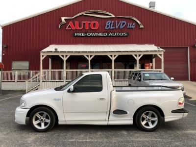 "2003 Ford F-150 Reg Cab Flareside 120"" Lightning"