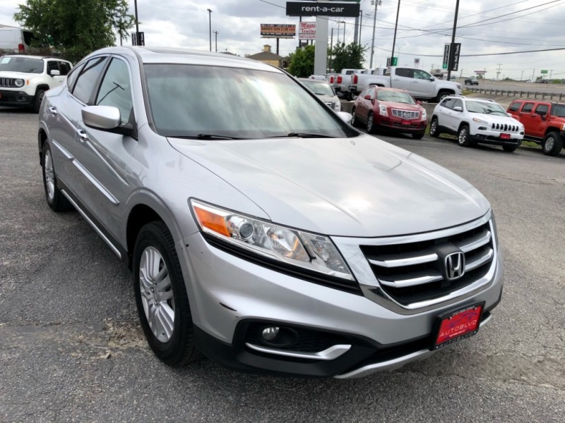 Honda Crosstour 2013 price $13,200