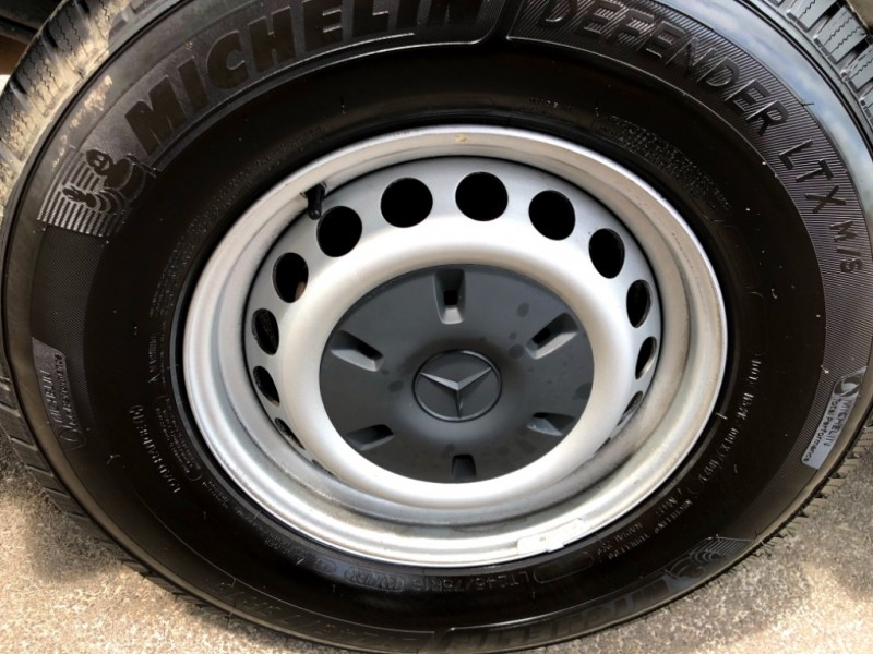 Mercedes-Benz Sprinter Crew Vans 2011 price $19,777