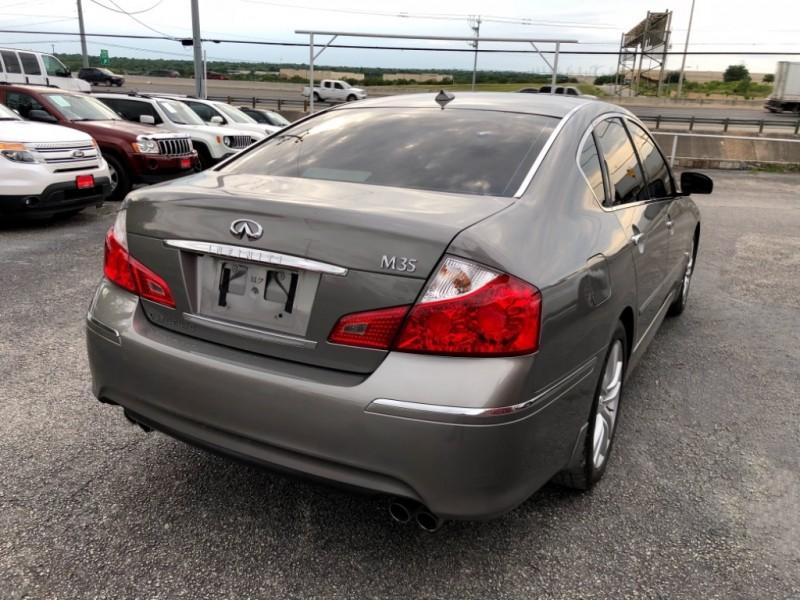 Infiniti M35 2009 price $0