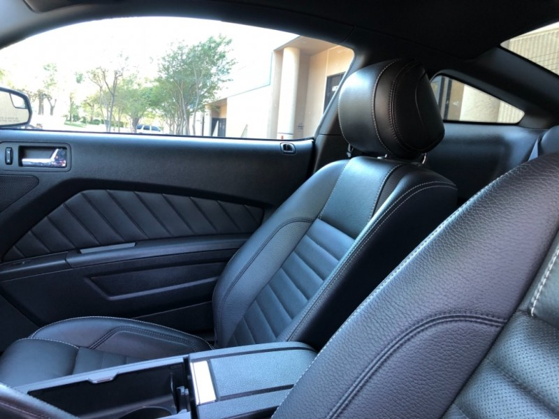 Ford Mustang 2012 price $17,877