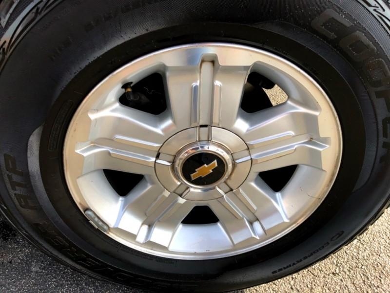 Chevrolet Suburban 2013 price $16,997