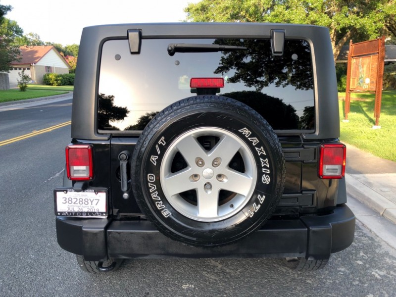 Jeep Wrangler 2011 price $16,997