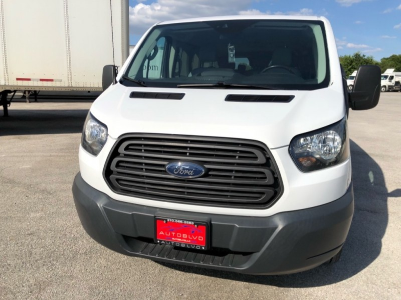Ford Transit Wagon 2016 price $17,997