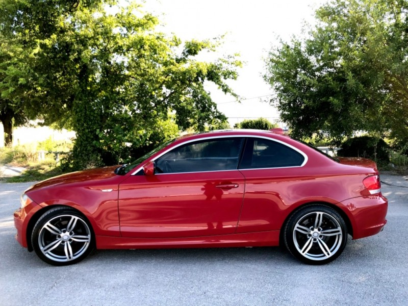 BMW 1-Series 2011 price $11,777