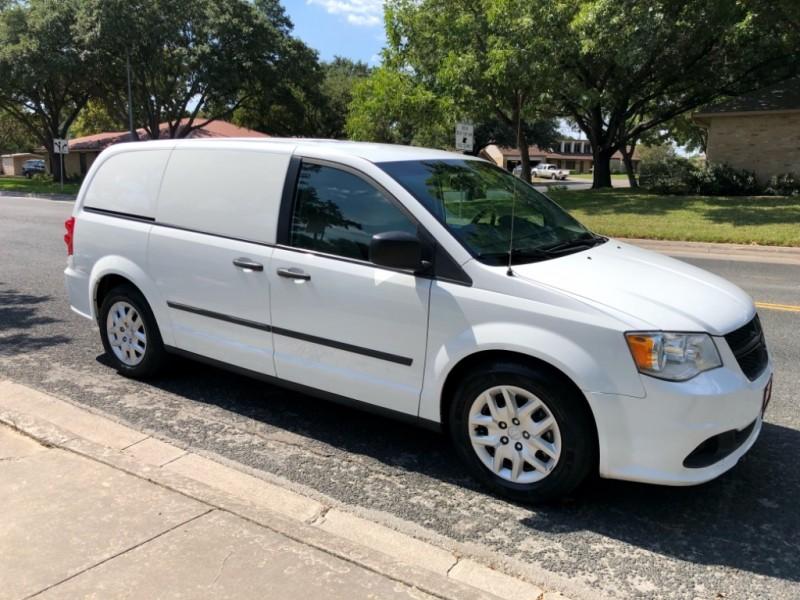 RAM Cargo Van 2015 price $9,800