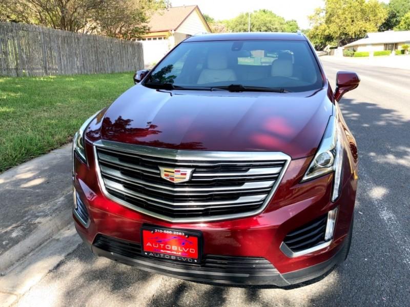 Cadillac XT5 2018 price $27,488