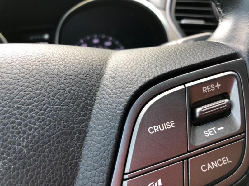 Hyundai Santa Fe 2014 price $14,888